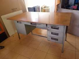 Godrej Table in India, Free classifieds in India | OLX
