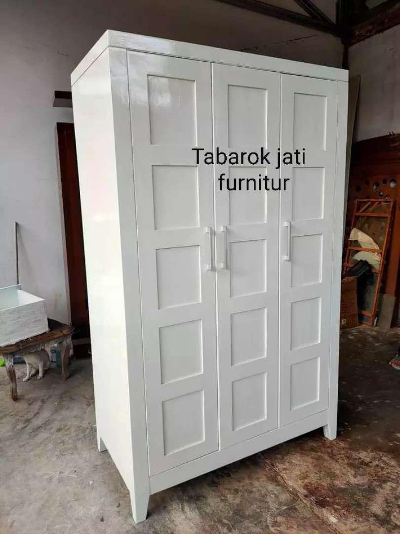 Lemari Baju Moderen Cat Duco Pintu 3 Bahan Kayu Jati Asli 100 Mebel 805881236