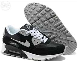 Airmax 90 Trainer Mens Available