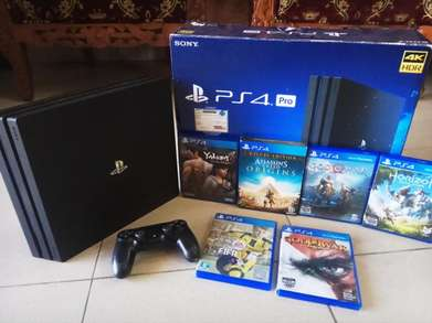 BEST DEAL PS4 PRO + 6 Kaset Game + Account (16 Game Terdownload di HDD