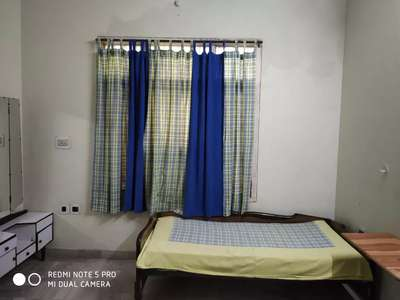 Pg Rooms Available For Girls Fully Furnished @ Rs. 2,300/- at Napler Town, Jabalpur, Madhya Pradesh