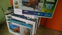 "BOX PACK ,,32"" samsung slim model led tv"