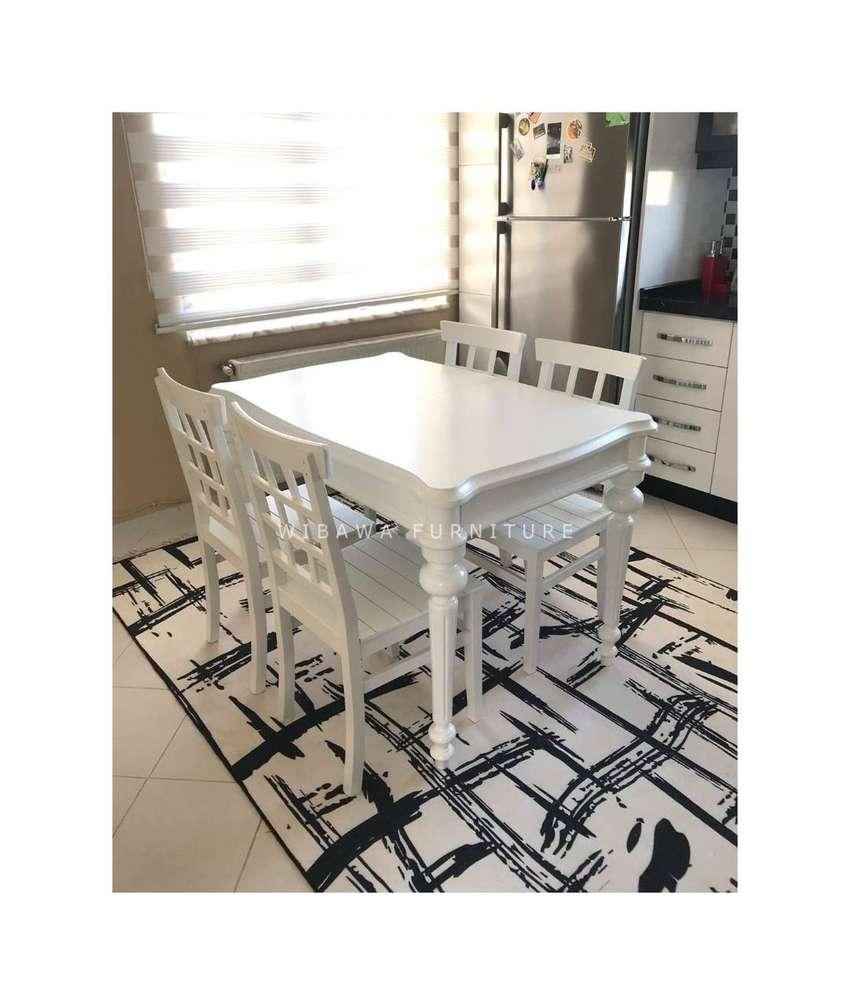 Meja Makan Sederhana Minimalis 4 Kursi Untuk Ruang Kecil Mebel 755162414 Meja makan kecil minimalis