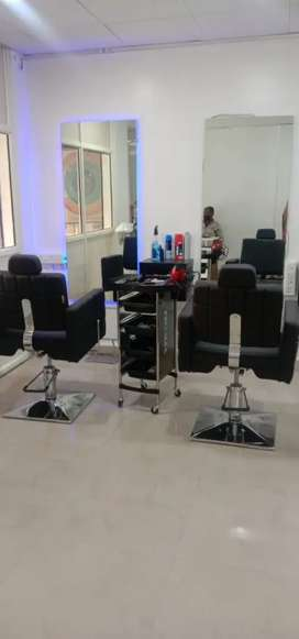 Salon On Rent In Pune Free Classifieds In Pune Olx