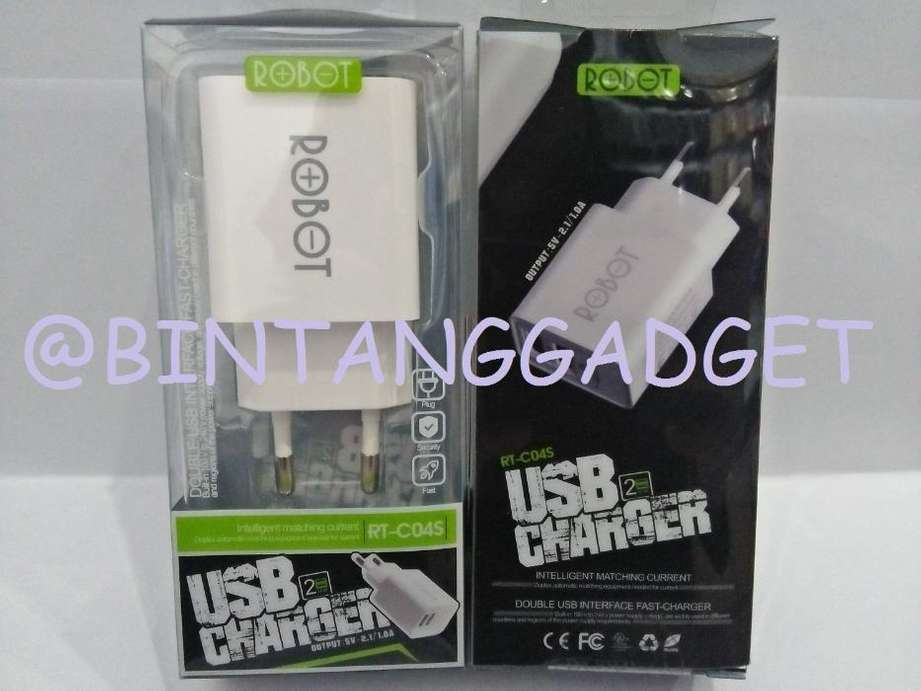Travel Charger Robot RT C04S include