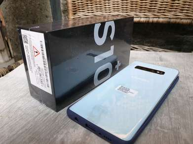Samsung galaxy S10 plus Putih