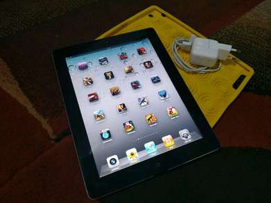 ipad 2 32gb black wifi only io4 full games