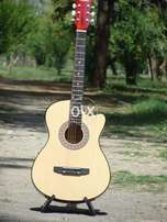 new xtremely hIGH quality guitar with metal pegs