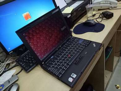 Notebook Lenovo X200 // Core2Duo P-2.40Ghz // 2Gb 120Gb 12'in Nominus