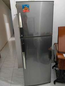kulkas sharp 2pintu BIG
