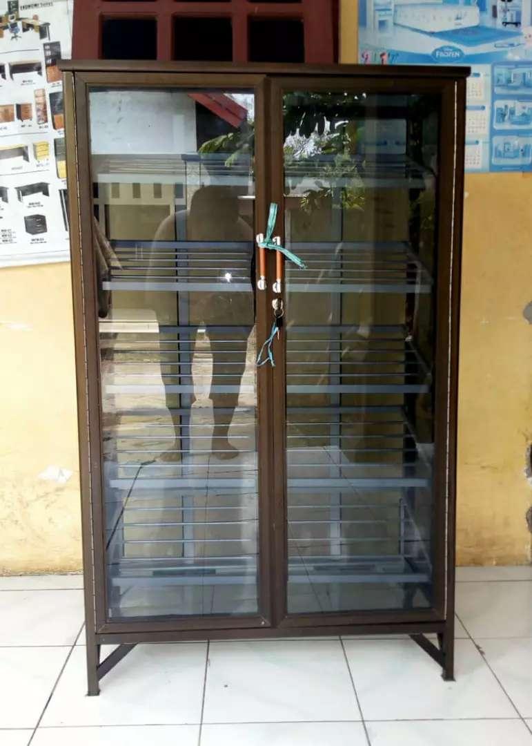 Rak Sepatu Aluminium 5 Susun 78 120 Frame Coklat Kaca Riben