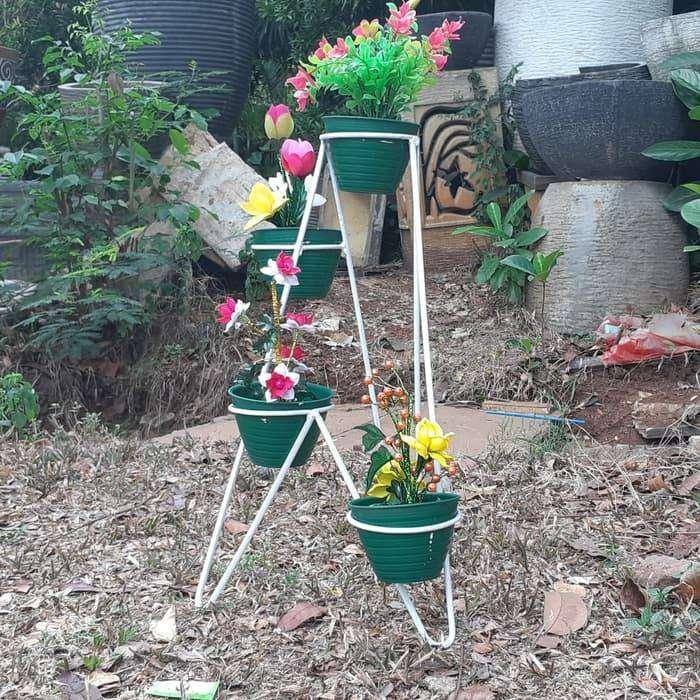 Rak Standing Pot Bunga Kaktus Lobang 4 Diameter 10cm Konstruksi