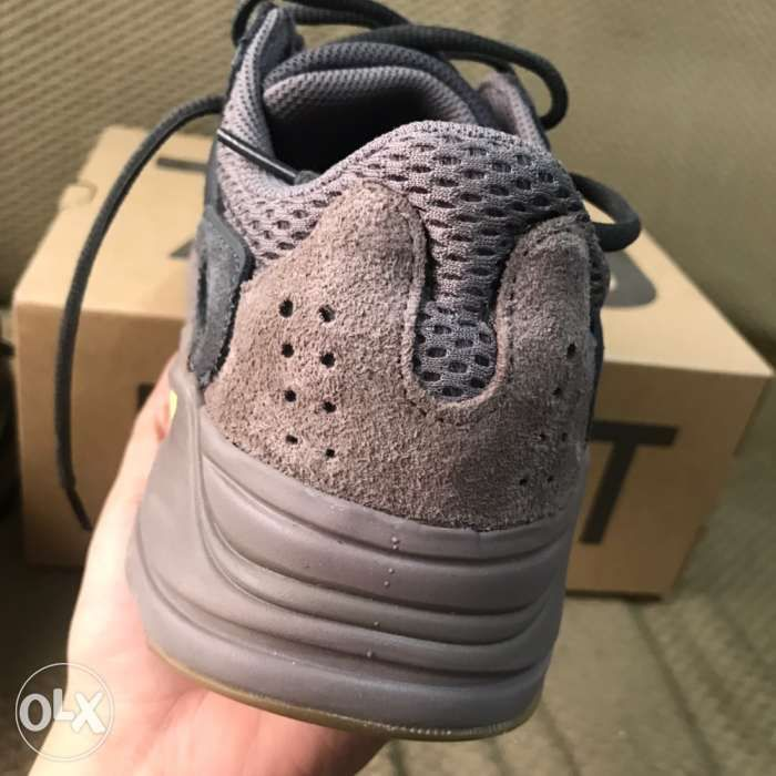 99c08d2bc8117 Adidas Yeezy Boost 750 MAUVE in Pasay