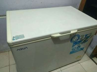 Freezer Box Aqua Japan 300Lt Mulus