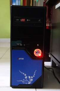 PC Rakitan 2nd | Core2Duo E8400, DDR3 2GB, 250GB, Monitor LCD Samsung
