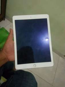 ipad air 2 16gb wifi only ex ibook,