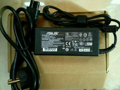 Adaptor Charger Laptop Asus 19V 3,42A 5,5x2,5mm