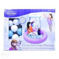 Frozen crystal snowflake playland with balls
