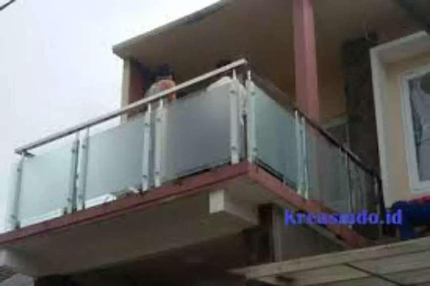 Pagar Balkon Kaca Pintu Garasi Gerbang Kanopi Minimalis Teralis Konstruksi Dan Taman 780069680