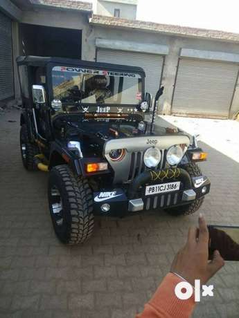 ModifieD Jeep's Gypsy with Manny looking