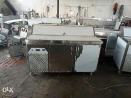 Pizza dressing table fast-food machinery Pizza oven available here