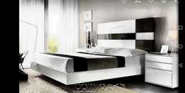 Double tone gloss bed
