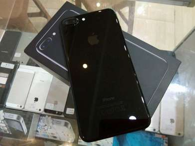 iPhone 7 plus 256gb Jetblack