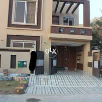 5 marla brand new house in AA block bahria town lahore with gas