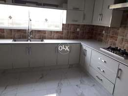 G10^4 What A New 3Bed 3Bath DD TvL Parking 30By60 Park Face For Rent *