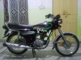 Honda 125 in nice condition first oner complete documents