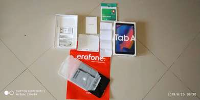 Samsung galaxy tab a 2019 with spen  mulus like new