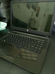 Gaming Laptop Hp 14-105 AMD A4 4 gb ram 500 gb hdd Siap Skripsi Mantap