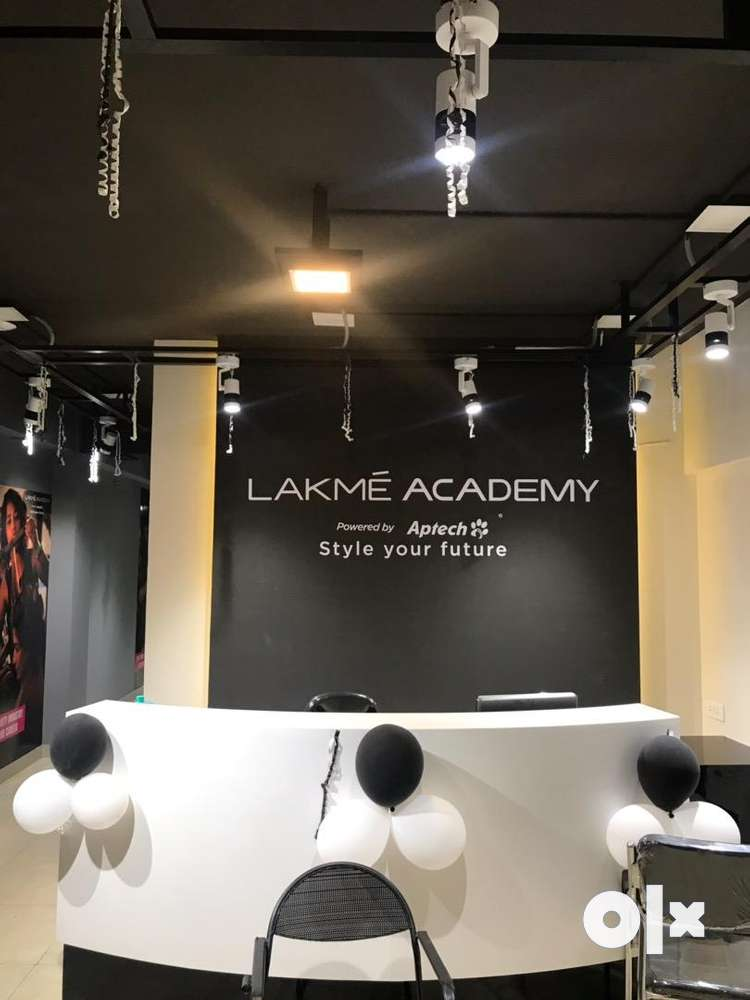 Lakme Academy Aligarh