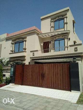 10 Marla New House Low Budget Bahria Lahore
