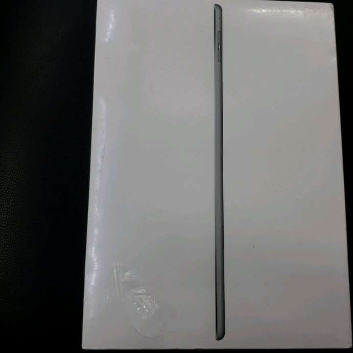 iPad Air 2 64GB Wi-Fi Space Grey BNIB Segel Garansi Resmi Indo