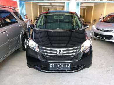 Honda Freed 1,5 E PSD matic th2011 Hitam mutiara AC sdh digital