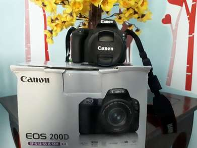for sale EOS 200D