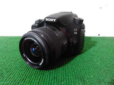 Camera DSLR Sony A58 lensa 18-55mm SAM II Mulus 20Mega Pixel
