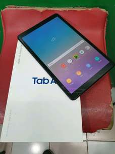 Samsung tab a 2018 10,5 4G wifi only garansi black like new fullset or