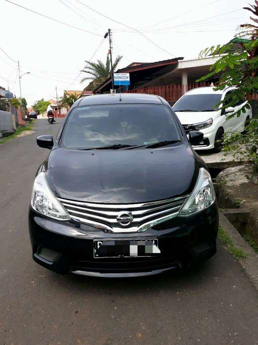 Over kredit nissan grand livina SV 2017