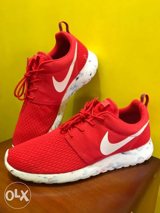 f609ba1f224 Nike roshe run red marble in Manila
