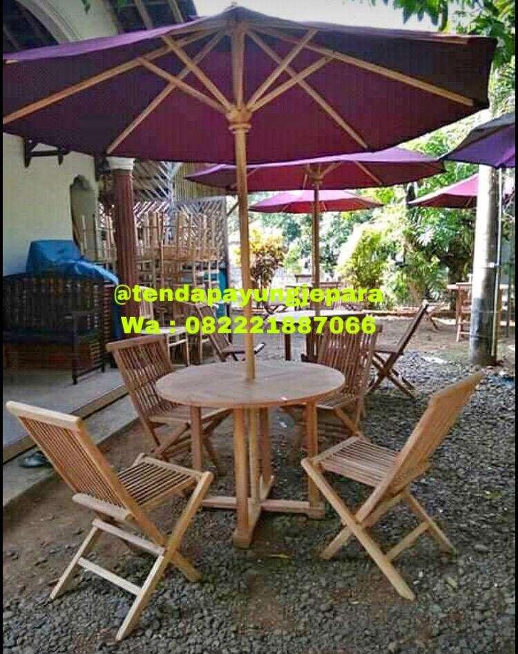 Meja Kursi Cafe Outdoor Kayu Jati Dengan Payung Mebel 771538394