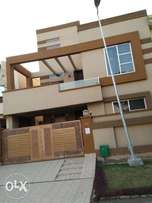10 Marla Bungalow In Sheen Block 5 Beds Available Bahria Town Lahore