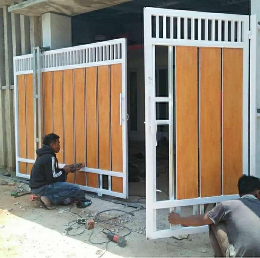 Pagar Rumah Minimalis Motif GRC Serat Kayu - Konstruksi Dan Taman - 539235318
