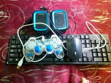 Mouse stick keyboard dan spiker laptop