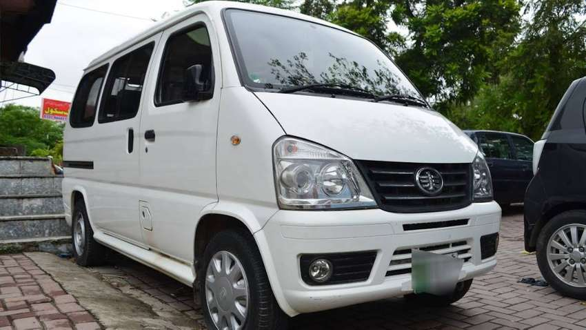 8 Seater Air Conditioned Van For Rent Car Rental 1006029237