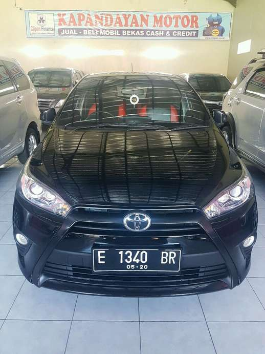 Toyota Yaris th 2015  Manual Kuningan  155 Juta