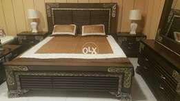 Wooden strips style corner carving Bedset..