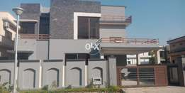 Kanal Outclass 3 Story House For Rent In Bahria Town Ph4