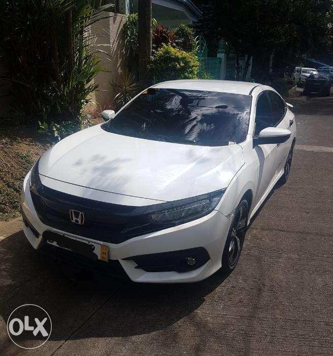 Honda Civic '16 RS Turbo CVT In Quezon City, Metro Manila